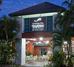 Runaway Bay Tavern - Tourism Brisbane